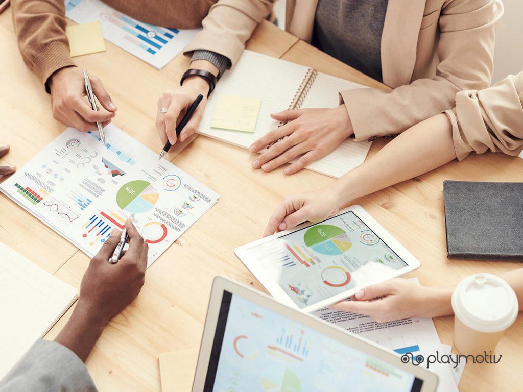 Técnicas para liderar un equipo de ventas | Playmotiv